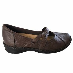 Earth spirit brown Mary Jane shoes size 8 EUC